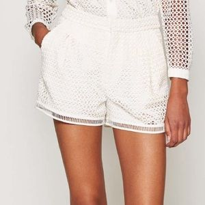 JOIE LOWITJA CIRCLE CROCHET SHORTS - VINTAGE WHITE
